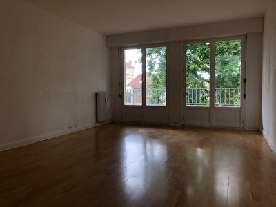 Appartement Gagny 3 pièce(s) 70 m2 2/8
